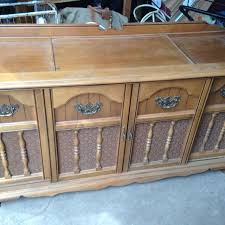 Antique Record Player Cabinet Find More Vintage Record Player Cabinet Would Make A Great Tv