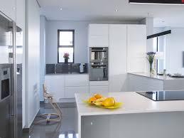 Acrylic Kitchen Cabinets Perspex Kitchen Doors U0026 Acrylic Vs Laminate What U0027s The