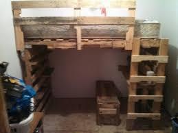 Pallet Bunk Beds Best 25 Pallet Loft Bed Ideas On Pinterest College Must Pallet
