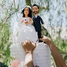 wedding cake pinata wedding cake piñatas are the big day trend you didn t you