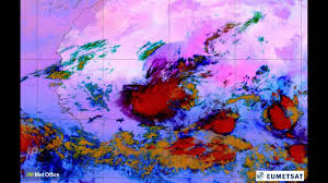 thunderstorm creates massive haboob dust storm over the sahara