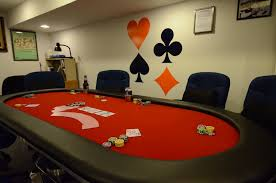 poker game table set hosting an awesome poker game at home the poker table pokernews