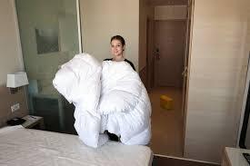 femme de chambres hôtellerie unia veut fixer un nombre de chambres maximal par