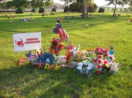 memorial day cemetery decorations further grave decoration ideas
