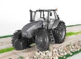 lamborghini tractor 03084 bruder lamborghini r8 270 dcr tractor the farm toy store