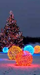 Christmas Light Balls For Trees Make A Lighted Christmas Ball Outdoor Christmas Christmas