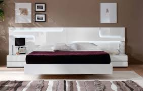White Italian Bedroom Furniture Modern Bedroom Furniture Leather Italian Bedrooms Design Luxury