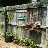 backyard fence decorating ideas justsingit com