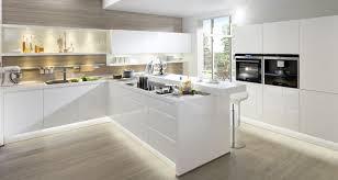 weisse küche weiße moderne küche umleiten on modern mit moderne küchen weiss 4
