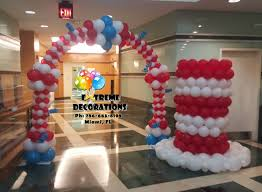 dr seuss balloons 10 best dr seuss images on balloon decorations