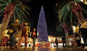 Christmas Tree Lighting Free Concert Planned Saturday At Citadel Outlets U0027 Tree Lighting