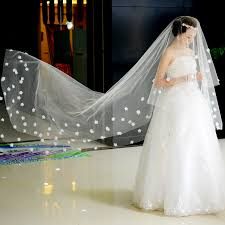 one tier cathedral train wedding veil with petals