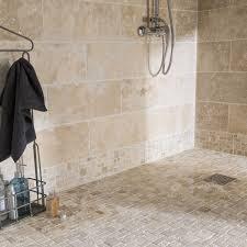 mur deco pierre mosaïque sol et mur travertin romano antico beige leroy merlin