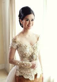 wedding dress kebaya 16 best kebaya images on traditional dresses batik