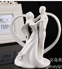 porcelain wedding cake toppers ceramic wedding cake topper of and groom with heart