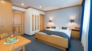 design hotel dolomiten boutique hotel am park in olang dolomiten www suedtirol
