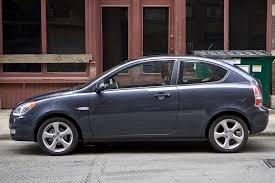 hyundai accent 2011 recalls 2011 hyundai accent overview cars com