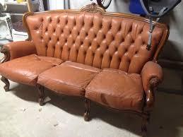 divanetti usati gallery of divano pelle usato 25 migliori idee su divani in pelle
