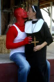 Halloween Costumes Pregnancy Funny Devil Costumes Couples Devil Costumes