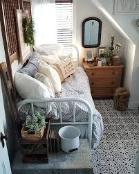 Tiny Bedrooms Best 25 Cozy Small Bedrooms Ideas On Pinterest Desk Space Uni
