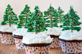 chocolate tree cupcakes with cheese frosting