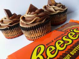 halloween reese s reese u0027s chocolate peanut butter swirl cupcakes cakefyi