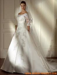robe de mari e l gante robe de mariée élégante en satin et dentelle avec manches mi