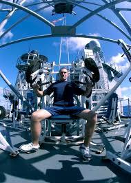 Seated Bench Press File Us Navy 041207 N 5362f 214 Damage Controlman 3rd Class Jiri
