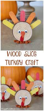 wood slice turkey craft for thanksgiving