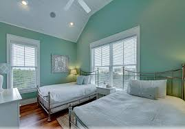 interior colors that sell homes benjamin st lucia teal 683 paint colors