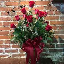 local florist delivery eckert florist s dozen roses in belleville il eckert florist
