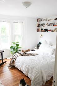 top 25 best casual bedroom ideas on pinterest bedroom shelving cozy white bedroom harper and harley