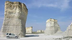 Monument rocks the chalk pyramids kansas