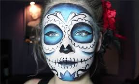 by adding a lot of blue to her sugar skull look marrs transforms the average makeup attempt instead you ll catch attention for being such a standout and