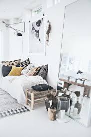 Boho Chic Bedroom Decor For Balancing Splashes Color Soft