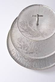 metal platters 144 best aluminum images on serving dishes metal