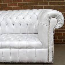 White Leather Chesterfield Sofa Chesterfield Exposed Brick Chesterfield Pinterest