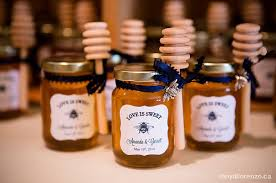 honey jar wedding favors diy honey jar wedding favors wedding wednesday at cloverhill