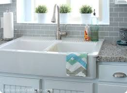 Farm Sink With Backsplash by Best 25 Kitchen Sinks Ideas On Pinterest Farm Sink Kitchen