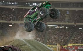 Grave Videos De Monster Truck Digger Jams Remote Control Wallpaper
