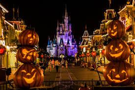 disneyland tokyo u0027s halloween fair youtube