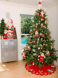 modern christmas tree decorations ne wall