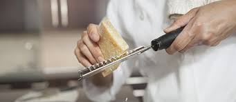 materiel cuisine lyon accessoires de cuisine conceptions de maison blanzza com