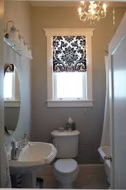 small bathroom windows best 25 bathroom window treatments ideas on