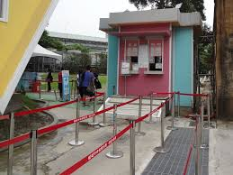 file huashan upside down house ticket booth 20160430 jpg file huashan upside down house ticket booth 20160430 jpg