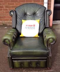 stunning vintage green leather chesterfield recliner chair