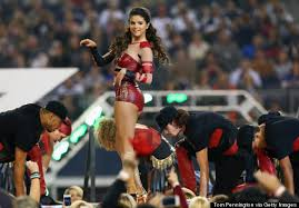 selena gomez wears leather bodysuit at thanksgiving day halftime