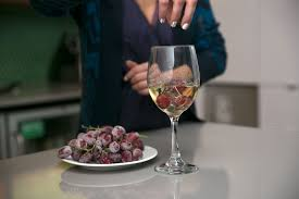 glass of wine 9 wine hacks every professional lush should know theberry