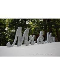 mr and mrs wedding signs check out these bargains on 8 wooden mr and mrs wedding sign gold
