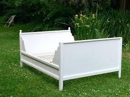 how to make a daybed frame diy daybed frame abundantlifestyle club